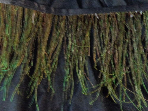 feather fringe green col.