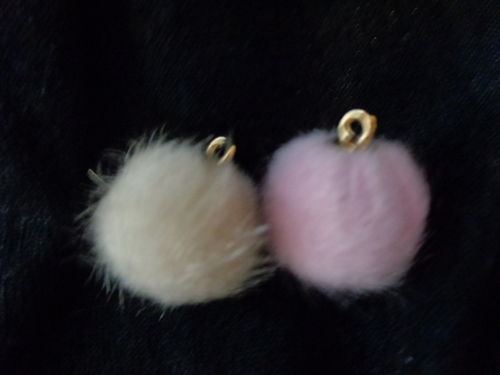 mini fake fur balls with golden eye diff. col.